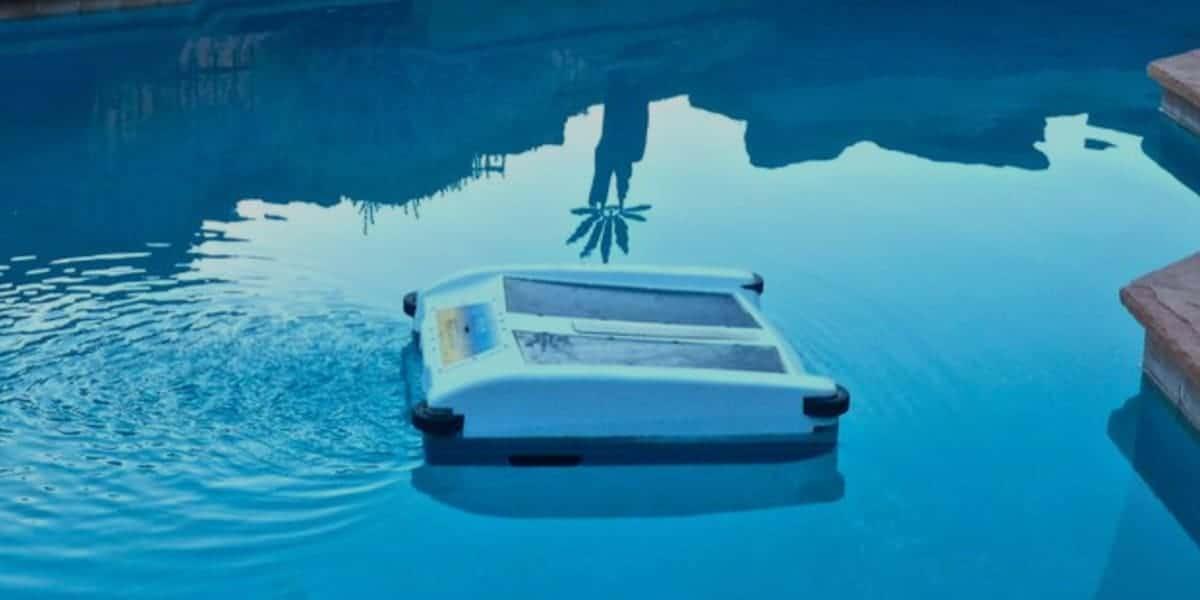 Best Solar Powered Pool Skimmer